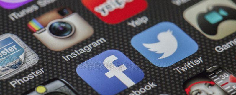 Come eliminare un tag da Facebook ed evitare di essere taggati