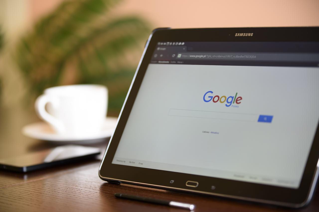 Come modificare un account Google su Android